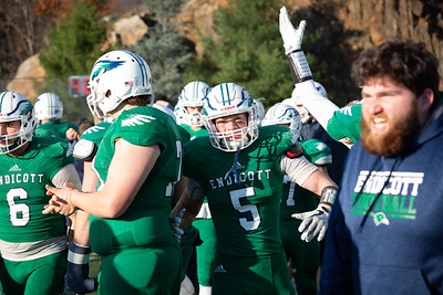 11-10-18_NGR_FB vs Salve Regina-113