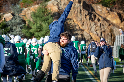 11-10-18_NGR_FB vs Salve Regina-107