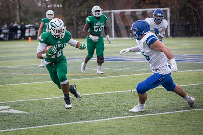 11-10-18_NGR_FB vs Salve Regina-71