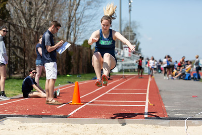 4-28-18_NGR_CCC Track and Field Invitational-333