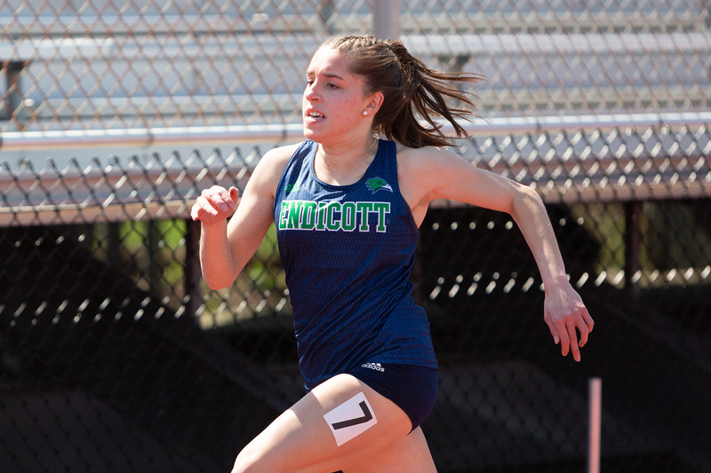 4-28-18_NGR_CCC Track and Field Invitational-429.jpg