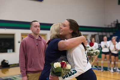 10-12-18_NGR_WVB Senior Night-16