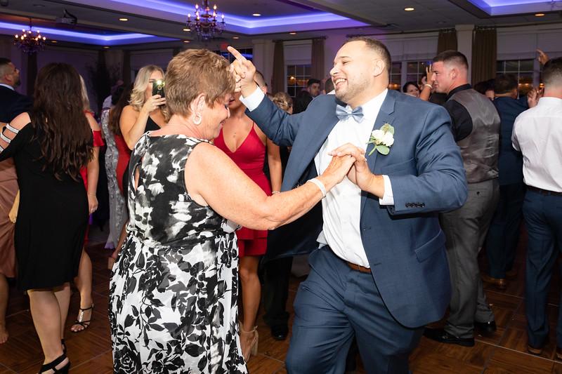 8-25-18 Misserville Wedding-2260.jpg