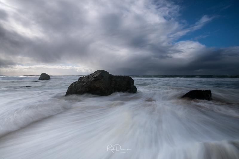 Garrapata Waves