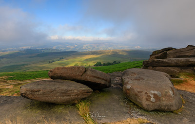 Stanage Edge Sunrise