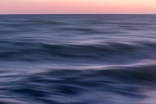 Peaceful Waves