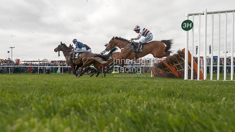 Aintree: Randox Health Grand National Festival 2017: Ladies Day – Friday 7 April