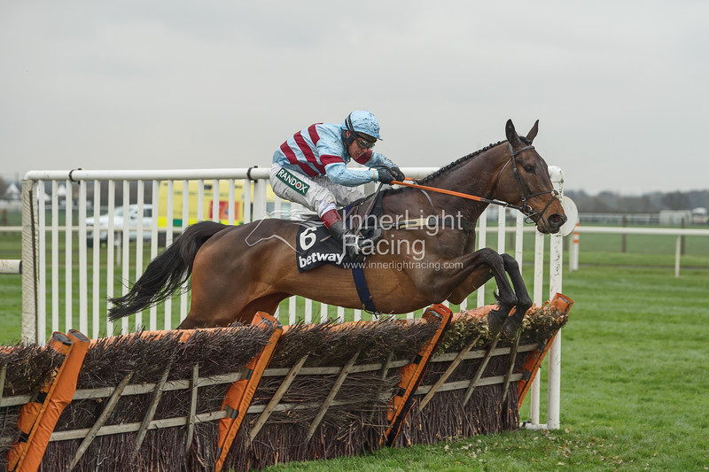 Betway Top Novices' Hurdle (Grade 1) (Class 1)