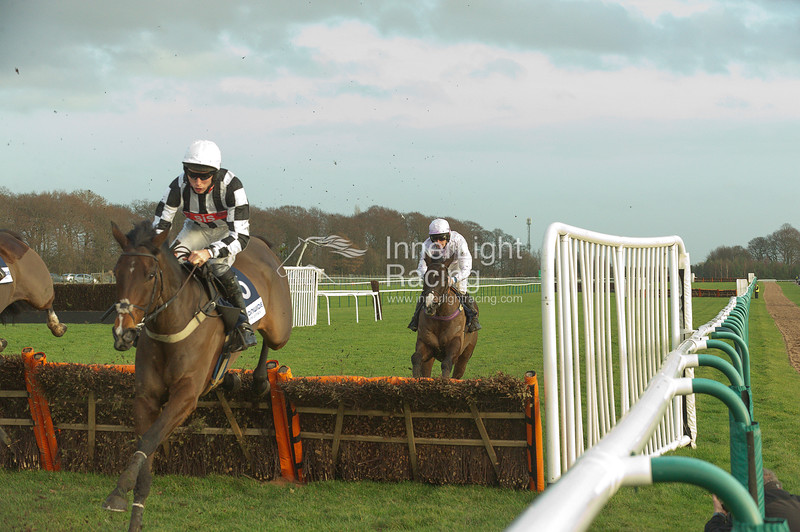Tommy Whittle Chase Raceday Haydock Park Sat 21st December 2013