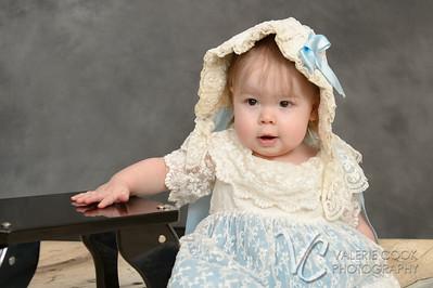Charlie - dress012