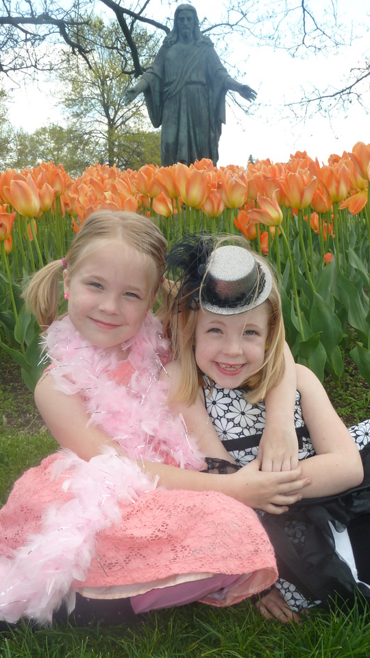 Twins in the Tulips 1 JPG, Twins in the Tulips 1