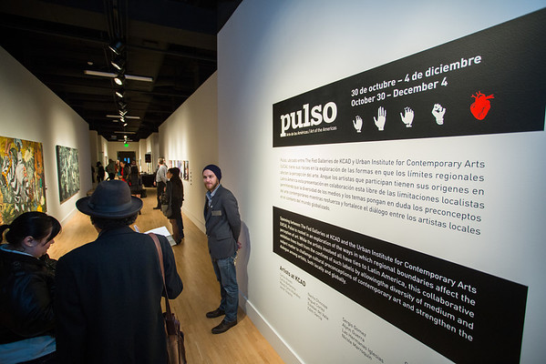 Pulso: Art of the Americas reception at KCAD.  Photography by Matt Gubancsik.