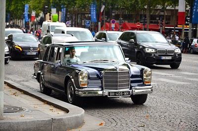 Merc 600 in Paris