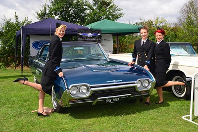 The Andrews Sisters visit Battlesbridge.