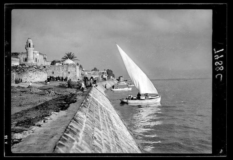 86.  Tiberias sea front. 1934–1939