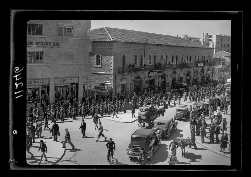 139.  The Australian soldiers parade marching down Jaffa Road. 1940–1946