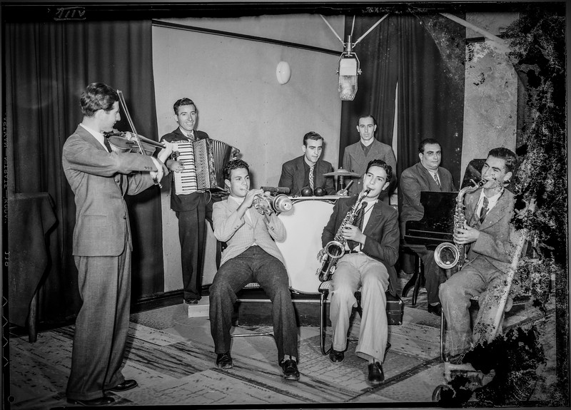 Palestine Broadcasting Service (PBS) radio performance in Jerusalem. 1936-1946
