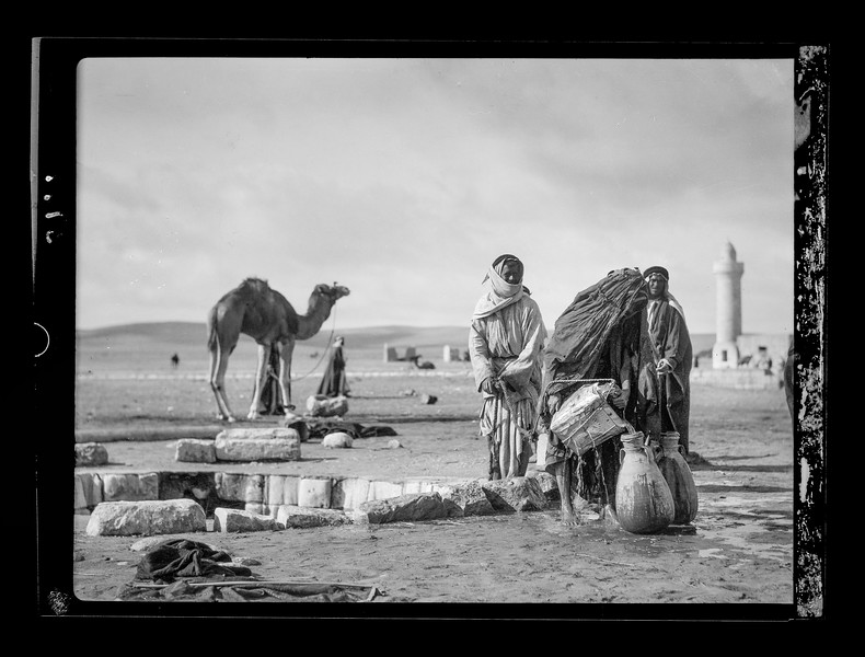 Beersheba and surroundings. An ancient well.  1920-1933
