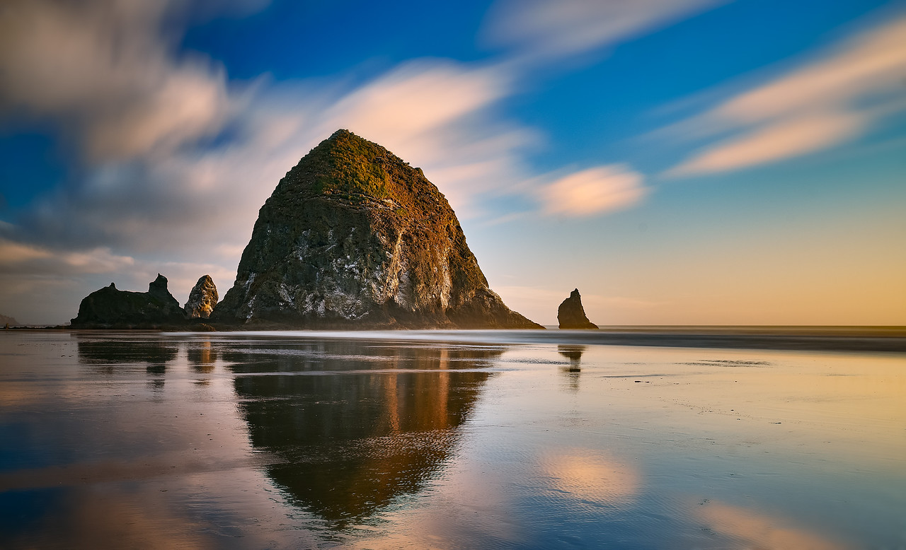 Canon Beach REflection