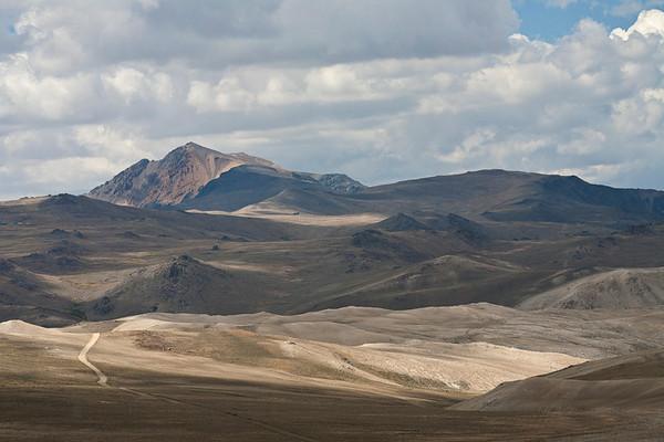 White Mountain Lie of The Land