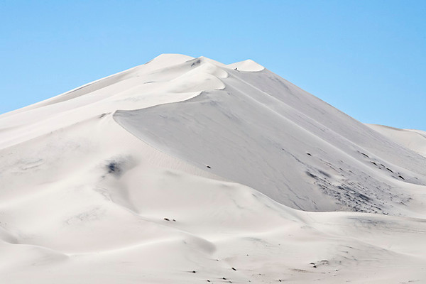 Eureka Dunes #9968   For size, note the 2 hikers in the top scallop between the peaks.