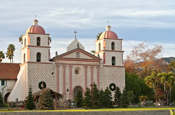 Mission Santa Barbara (10th mission; founded 1786)