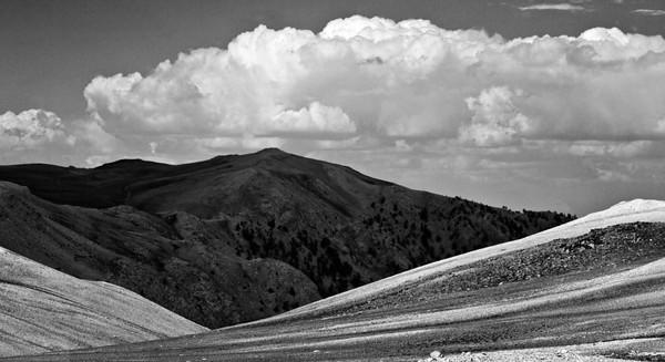 Light Play III (White Mountains)