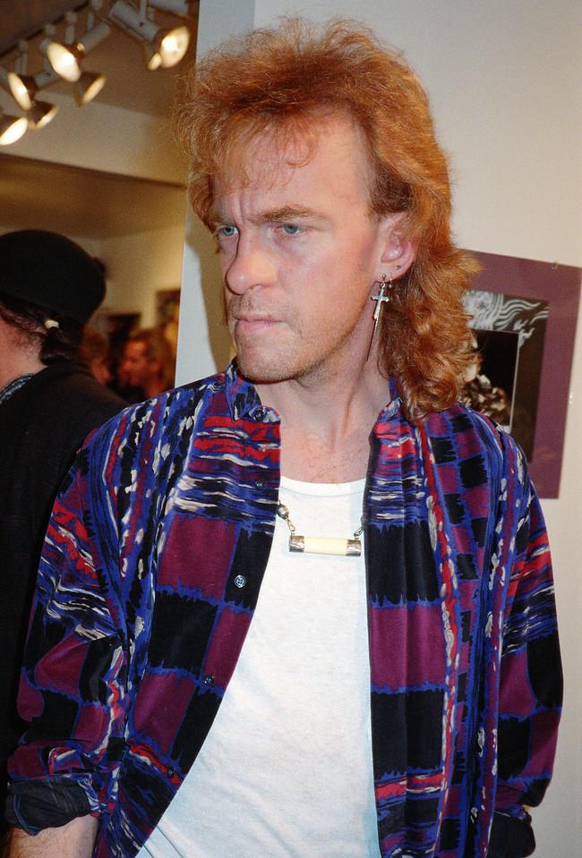 Axel & Komoda Opening at La Luz de Jesus, Los Angeles, 1989 - 13 of 24