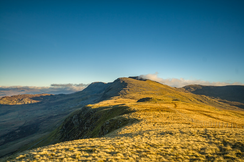 Looking towards Cadair Idris summit from the Pony Path.<br /> Late December 2008