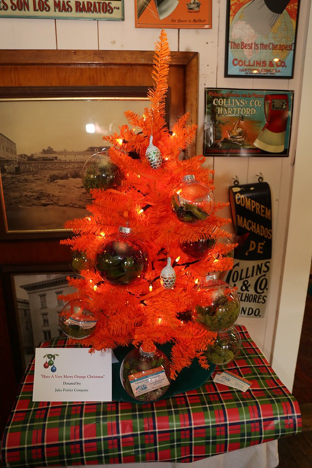 Have a Very Merry Orange Christmas by the Jules Poirier Company. <br /> Photo by John Fitts