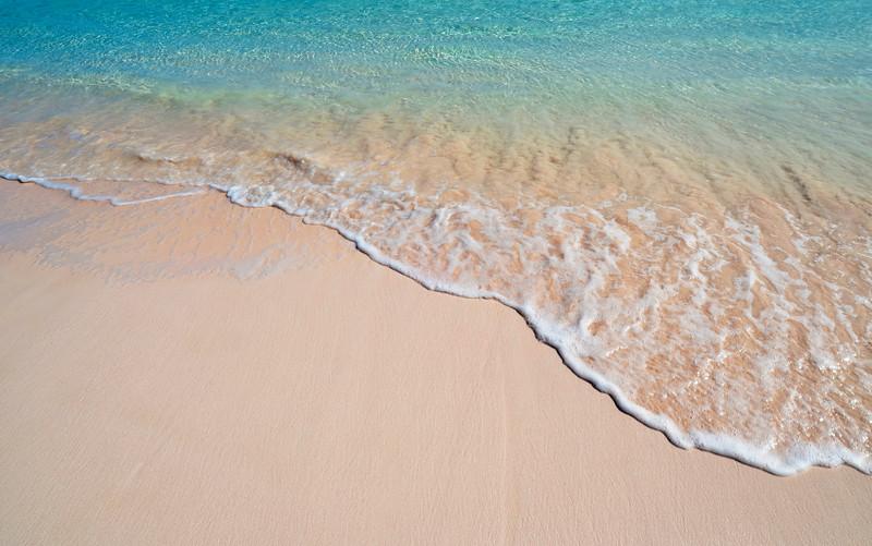 Pink Sands Beach Shoreline, Harbour Island, Bahamas