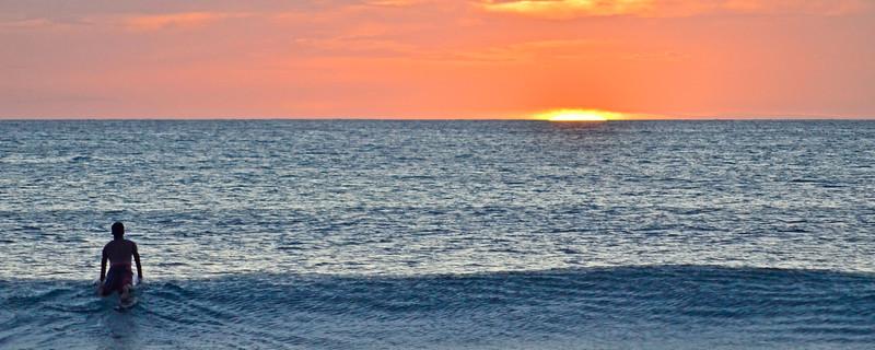 Tamarindo Sunset Surf