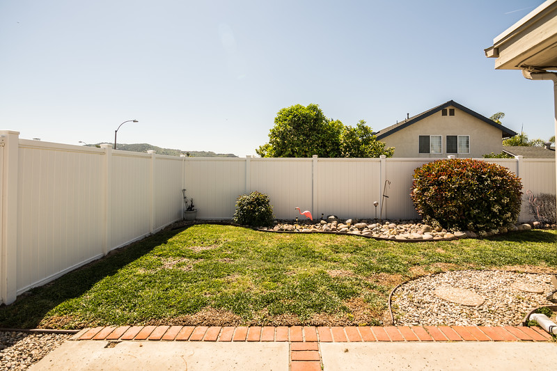 Low maintenance vinyl fencing...fully fenced.