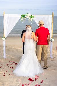 VBWC BEIL 09042019 Buckroe Beach Wedding Image #22 (C) Robert Hamm