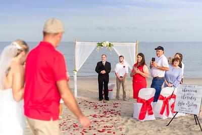 VBWC BEIL 09042019 Buckroe Beach Wedding Image #20 (C) Robert Hamm