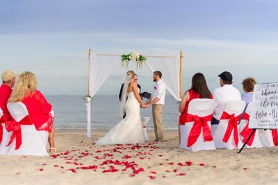 VBWC BEIL 09042019 Buckroe Beach Wedding Image #26 (C) Robert Hamm