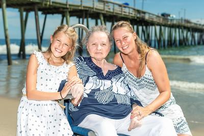 RHP KJEN 08172019 Virginia Beach Pier #22 (c) Robert Hamm