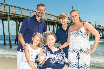 RHP KJEN 08172019 Virginia Beach Pier #20 (c) Robert Hamm