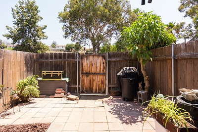 Large open patio area measures 15x10 or 150 square feet.