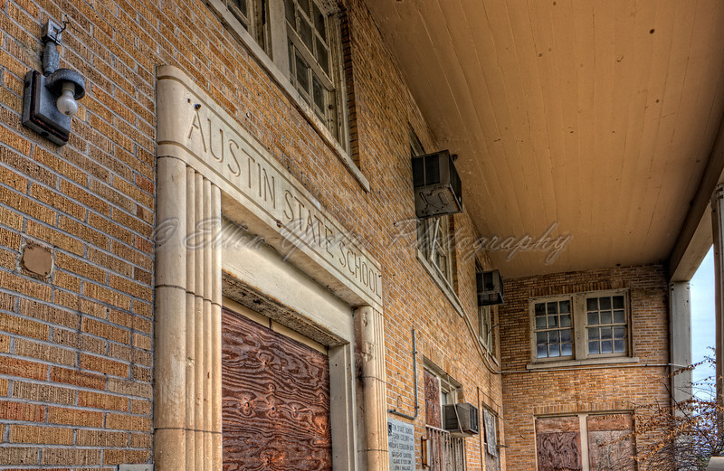 Entrance Austin State School