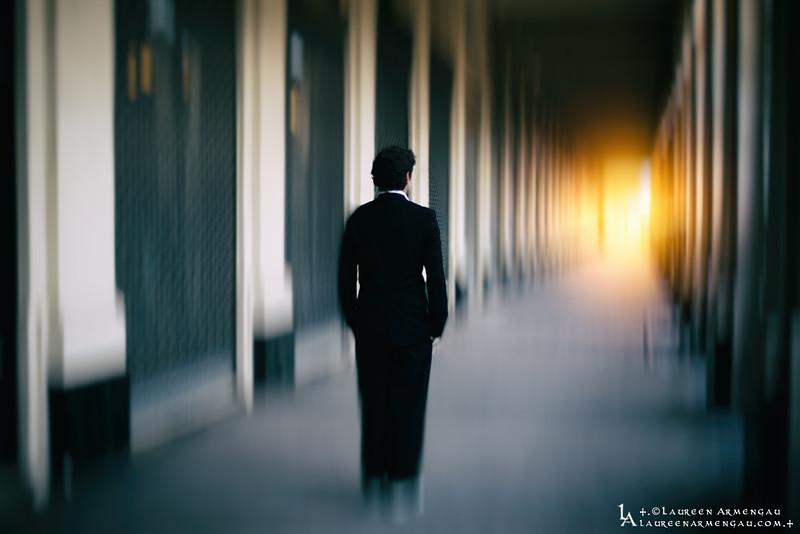 +.Follow the Light.+