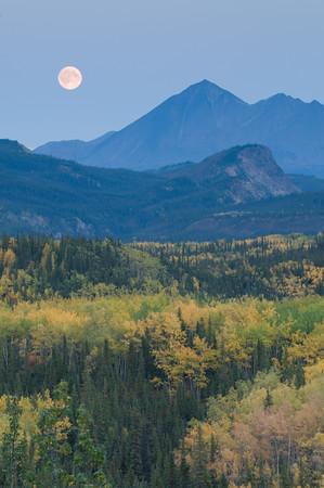Moonrise in Denali