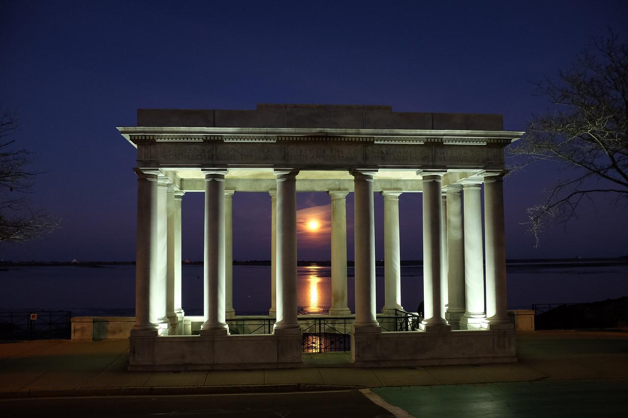 Full Moon on Plymouth Rock