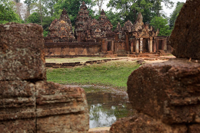 Cambodia Banteay Srei (Women's Citadel) Although quite small, this temple is noted for its finely carved details in red sandstone. It was the site of one of the first restoration efforts of the ancient Khmer ruins between 1931-1936. 20 km north of Angkor