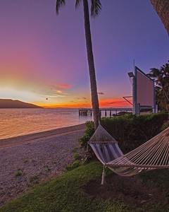 Relaxing sunset on Daydream Island