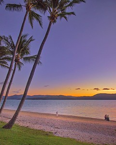 Sunset wedding on Daydream Island