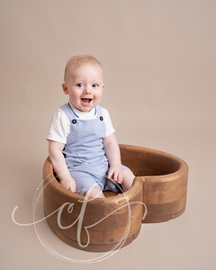 Sitter Photoshoot by Caroline Flynn Photography