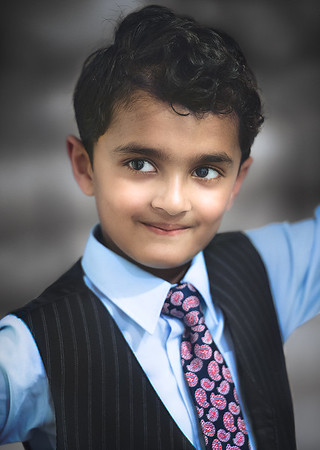 Rohan as got ready in this best formal attire for the photo shoot