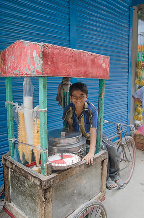 Young ice cream seller, Dhaka