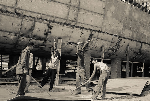 Dhaka shipyard workers